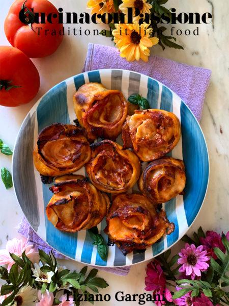 girelle di pizza con salame - Rotolini di pane 450x600 - Girelle di pizza con salame